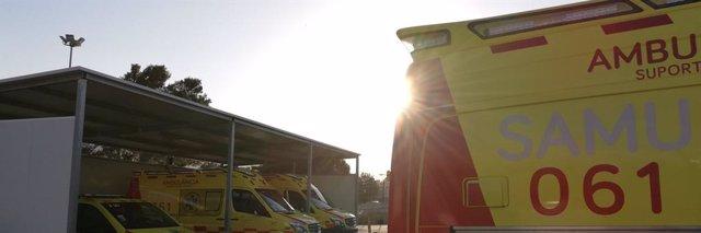 Varias ambulancias del SAMU 061.
