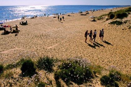 """El sector turístico, """"preocupado"""" por la quiebra de Thomas Cook, tiene alojados a unos 200 clientes en hoteles de Huelva"""