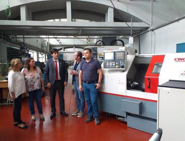 Visita al CIFP La Laboral de Gijón del consejero de Ciencia, Innovación y Universidad del Principado, Borja Sánchez