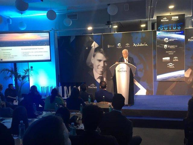 El Space & Underwater Tourism Universal Summit (SUTUS) reúne, bajo el título 'Más allá de las fronteras, a los principales líderes internacionales para debatir sobre los dos mayores desafíos del turismo de lujo: el cosmos y el agua