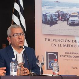 Sebastián Quintana, autor de la campaña 'Canarias, 1.500 km de costa'