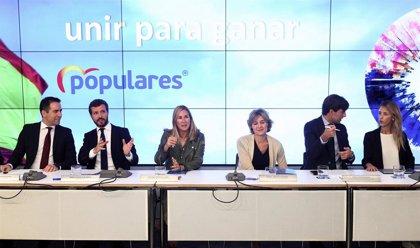 """Los 'barones' del PP cierran filas con Casado en su reivindicación de un partido """"centrado"""" y """"moderado"""" ante el 10N"""