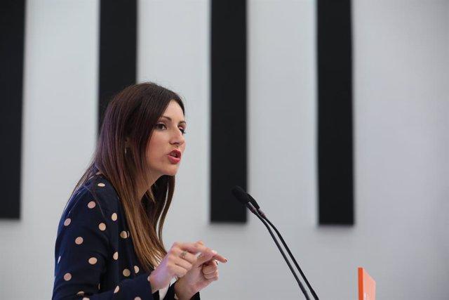 La portaveu nacional de Cs, Lorena Roldán, ofereix una roda de premsa posterior a la primera reunió del Comitè Permanent del seu partit després de conèixer-se la previsió d'eleccions per al 10-N, a Madrid (Espanya), 23 de setembre del 2019.