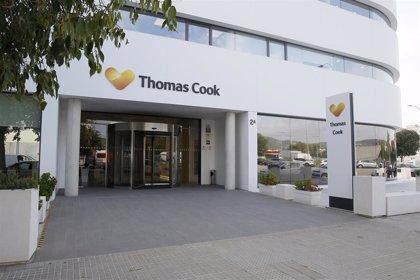 2.680 turistas británicos en Menorca deben ser recolocados en otros vuelos tras la caída de Thomas Cook