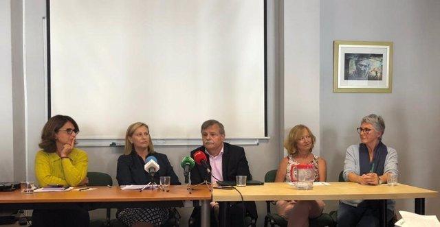 Representantes asociaciones y sindicatos a favor del IVE en rueda de prensa