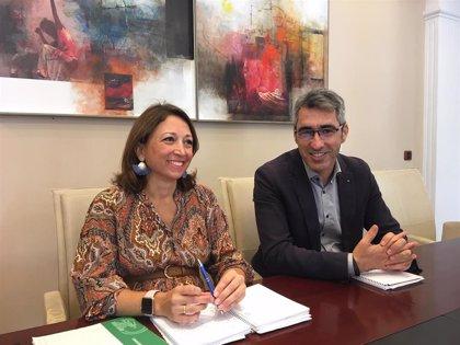 Junta y Ayuntamiento reforzarán colaboración para dotar a Benalmádena de infraestructuras educativas necesarias