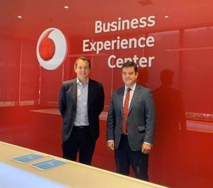 El ITH firma un acuerdo con Vodafone para desarrollar el plan Innova Turismo