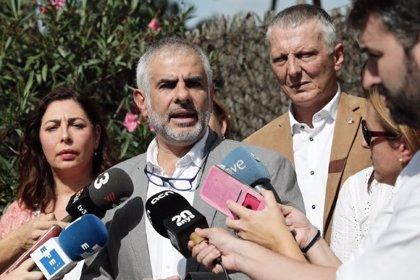 Cs insiste en que Sánchez no se haya pronunciado sobre las detenciones de CDR y que se haya ido a Nueva York