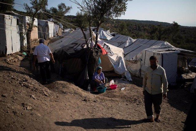 Asentamiento de migranres cerca del campo de Moria, en Lesbos