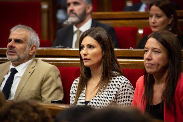 (E-D) El president de Cs al Parlament, Carlos Carrizosa; la portaveu de Cs al Senat i portaveu al Parlament de Catalunya, Lorena Roldán i la secretària de Programes a Catalunya i portaveu adjunta al Parlament per Cs, Marina Bravo