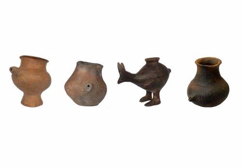 Ejemplos de los primeros artefactos usados como biberones hace 7.000 años