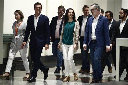 Rivera prevé mantener a Villegas como cabeza de lista por Almería, a Girauta en Toledo y a Hervías en Granada