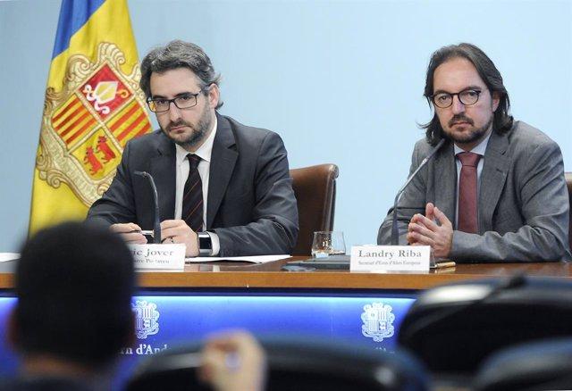 Eric Jover (ministre portaveu d'Andorra) Landry Riba (secretari d'Estat d'Assumptes Europeus d'Andorra)