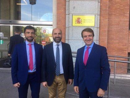 Fomento presenta soluciones a los alcaldes de Colmenar Viejo y Tres Cantos para aliviar los atascos en la M-40 y M-607