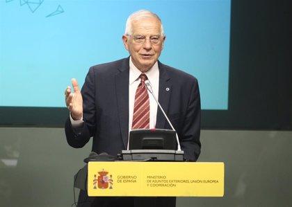 Borrell se reúne con miembros del Gobierno y la oposición de Venezuela y les emplaza a retomar las negociaciones