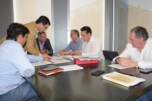 Reunión entre Junta y Ayuntamiento de Motril para desbloquear el PGOU