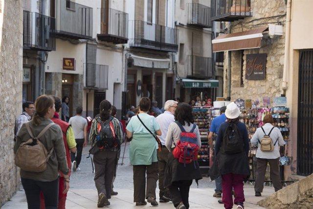 Turistas en Morella (Castellón)
