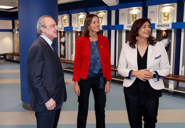 Fútbol.- Reyes Maroto visita el Tour Bernabéu con motivo del Día Mundial del Tur