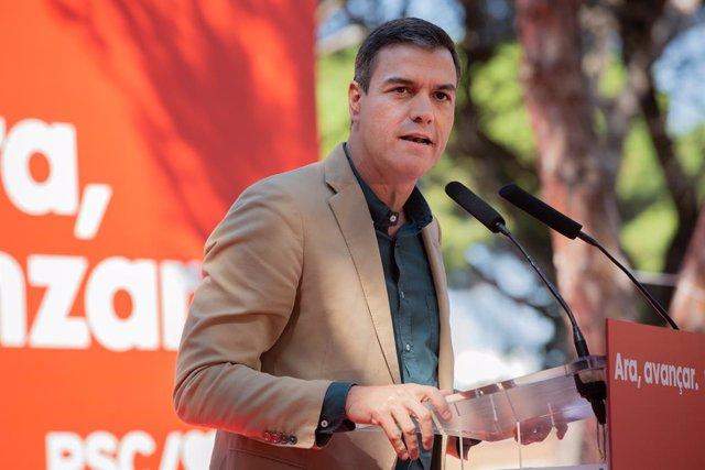 El president del Govern en funcions, Pedro Sánchez, intervé en l'acte polític de la Festa de la Rosa del PSC, a Gavà