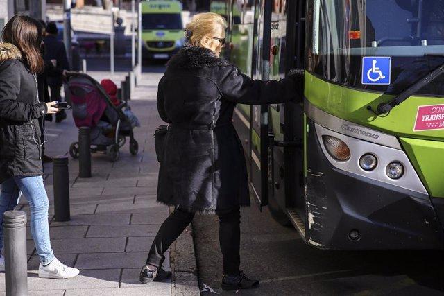 Autobús interurbano en Las Rozas