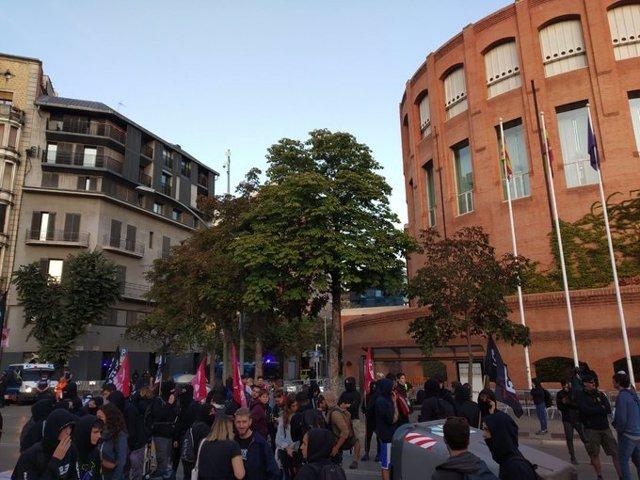 Independentistas se manifiestan en Girona en el segundo aniversario del referéndum ilegal