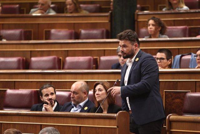 El portavoz de ERC en el Congreso, Gabriel Rufián, comparece en sesión de control al Gobierno en funciones un día después de conocerse la casi plena seguridad de unas elecciones el 10 de noviembre, en Madrid (España), a 18 de septiembre de 2019.