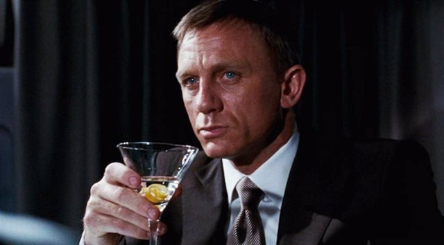 James Bond, interpretado por Daniel Craig