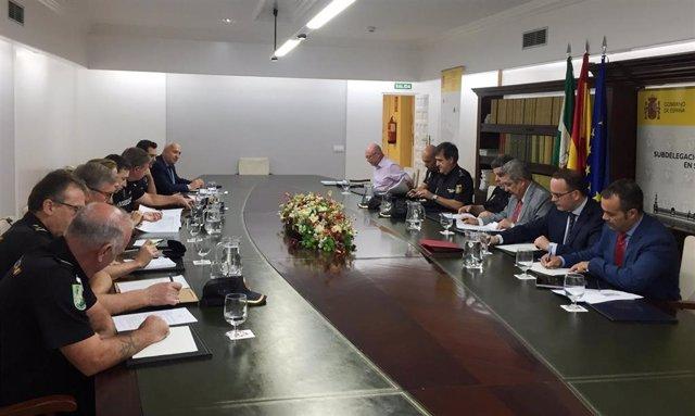 Reunión para acordar el dispositivo de seguridad para el partido entre el Sevilla y el Apoel Nicosia de la Europa League