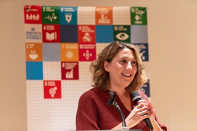 Cristina Sánchez, directora ejecutiva de la organización, durante la presentación de la guía 'ODS Año 4'.