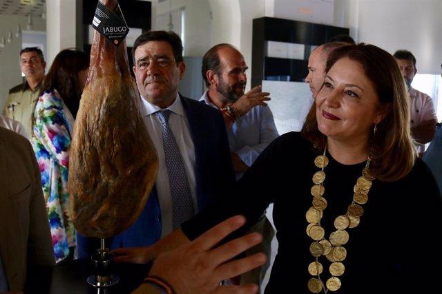 """Huelva.- Carmen Crespo muestra su """"apoyo y comprensión"""" al sector cárnico andalu"""