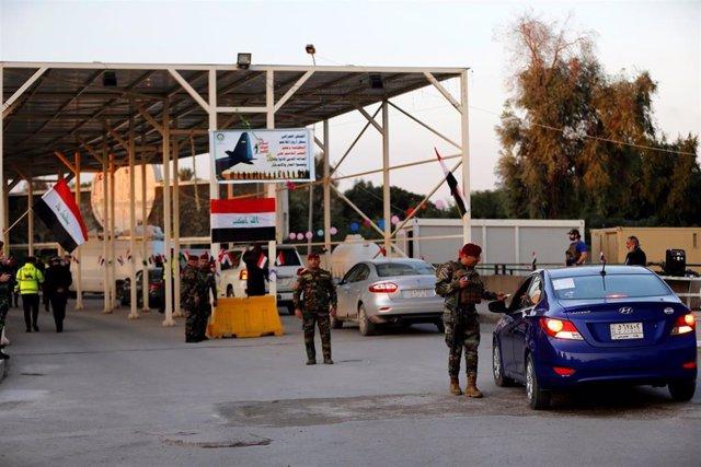 Control a la entrada de la Zona Verde de Bagdad