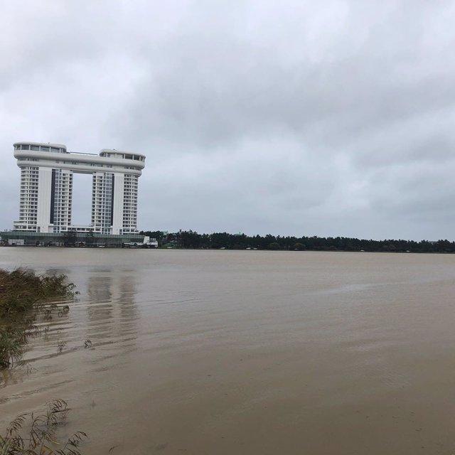 Al menos seis muertos y varios desaparecidos por el paso del tifón Mitag por Cor