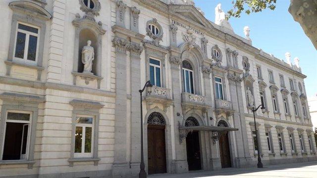 Façana del Tribunal Suprem.