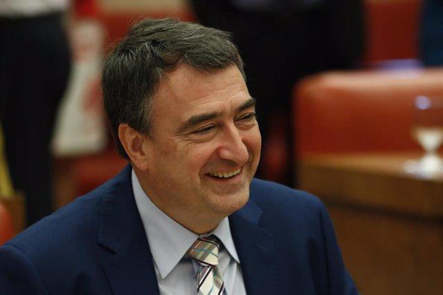 El portavoz del PNV en el Congreso de los Diputados, Aitor Esteban, durante una reunión de la Diputación Permanente