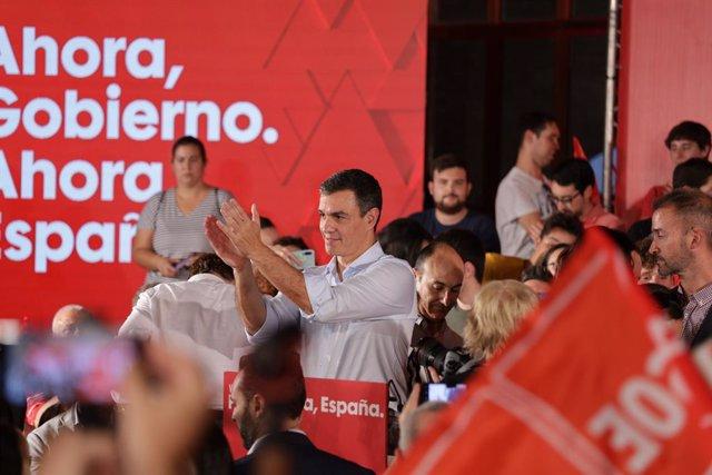 Acte de precampanya electoral del Partit Socialista a València