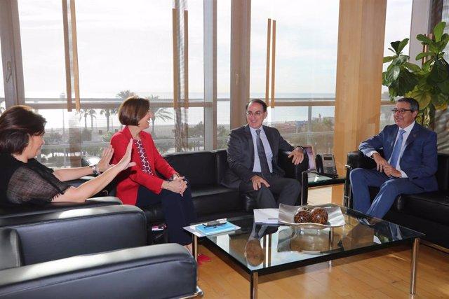 Reunión entre los presidentes de la Diputación, Francisco Salado, y el de la CEA y CEM, Javier González de Lara.