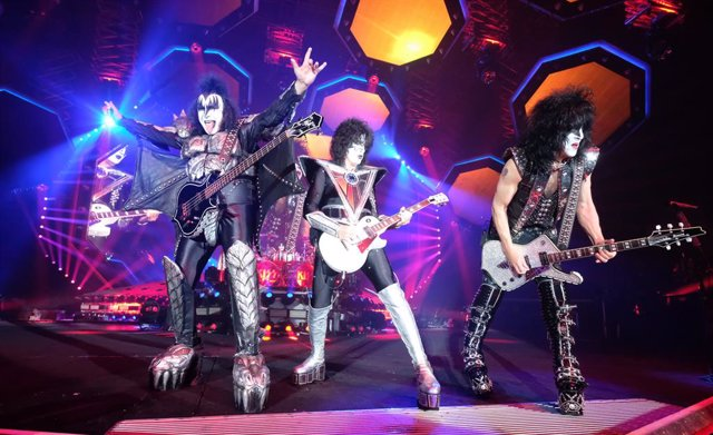 """Kiss"" perform during the German tour ""End of the Road"" in the Arena Leipzig"