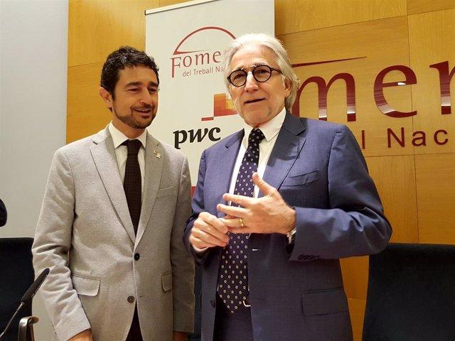 El conseller de Territori i Sostenibilitat, Damià Calvet, i el president de Foment del Treball, Josep Sánchez Llibre