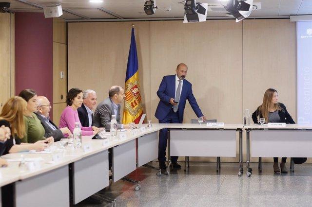 El ministre de Salut, Joan Martínez Benazet, en arribar a la reunió de la Comissió de seguiment del programa de donació de cordó umbilical