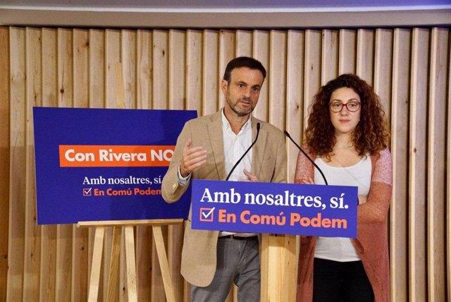 El portaveu d'ECP, Jaume Asens, i la candidata d'ECP al Congrés Aina Vidal.