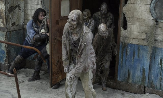 Instantes iniciales de la décima temporada de The Walking Dead