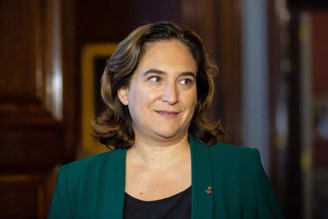 L'alcaldessa de Barcelona, Ada Colau, es pronuncia, a l'Ajuntament de la ciutat, sobre les declaracions del dia anterior del president del Govern en funcions, a 20 de setembre de 2019.