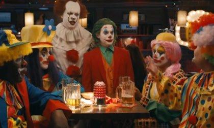 Joker y Pennywise, marginados por los payasos (Vídeo)