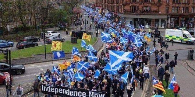Manifestació independentista a Edimburg