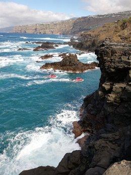 Dispositivo de búsqueda del varón que se cayó en la costa de Puerto de la Cruz