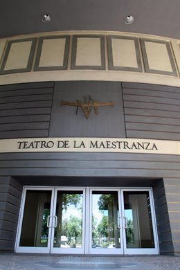 Vista exterior del Teatro de la Maestranza de Sevilla