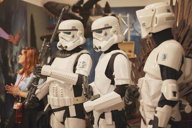 Soldados imperiales participan en la clausura del Salón del Cómic y la Ilustración de Tenerife
