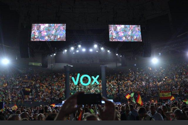 Imatge de l'audiciencia de l'acte de Vox.