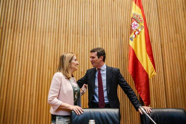 Ana Pastor y Pablo Casado