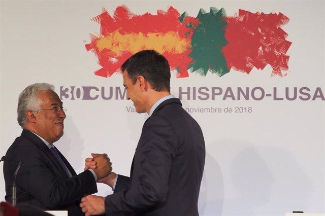 El presidente del Gobierno Pedro Sánchez durante la rueda de prensa con el primer ministro luso António Costa en la Cumbre Hispano-Portuguesa en Valladolid